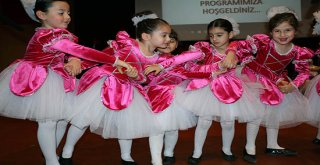 Antalya'da Kreş öğrencilerinden muhteşem gösteri