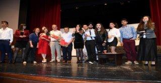 Adana Şehir Tiyatrosu, Liseli Gençleri Sanatla Buluşturuyor