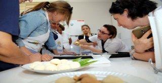 Adanalı Kadınlara Aşçılık ve Pastacılık Kursu