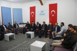 Dündar'dan TÜGVA Osmangazi'ye Ziyaret