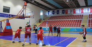 İBB,8 bin sporcu adayına Akademi Eğitimi  verdi.