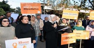 """Kadınlar şiddete karşı """"turuncu çizgi"""" çekti"""
