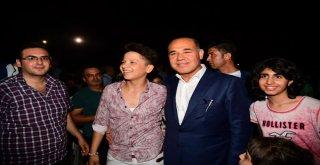 Adana'da Feride Hilal Akın Rüzgarı