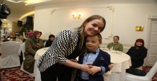 Başkan Aktaş'tan annelere moral