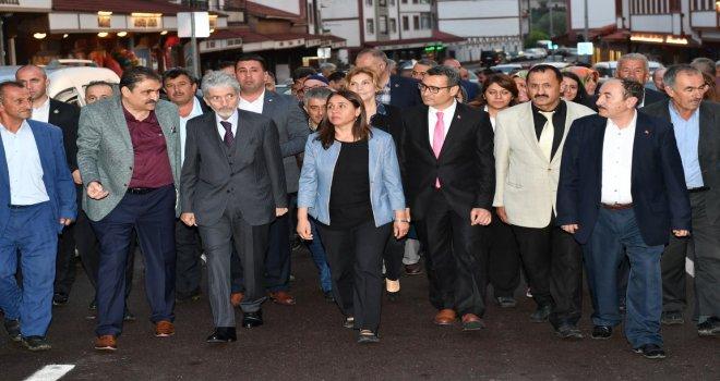 Başkan Tuna Çamlıdere'de