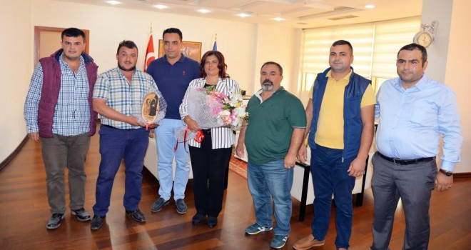Deve Güreşi Sevenler Derneği'nden Çerçioğlu'na ziyaret
