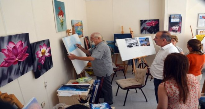 Geleceğin sanatçıları Mudanya'da yetişiyor.