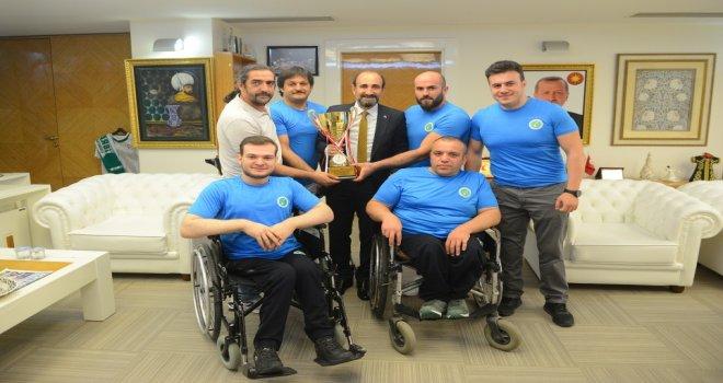 Başkan Edebali'ye Engelli Şampiyon Basketçilerden Ziyaret