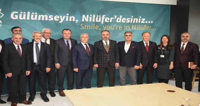 Aktaş, ''Bursa'ya hizmetin siyaseti yok''