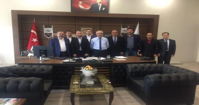 Mehmet Eğilmez ve ekibinden Özcan'a ziyaret…