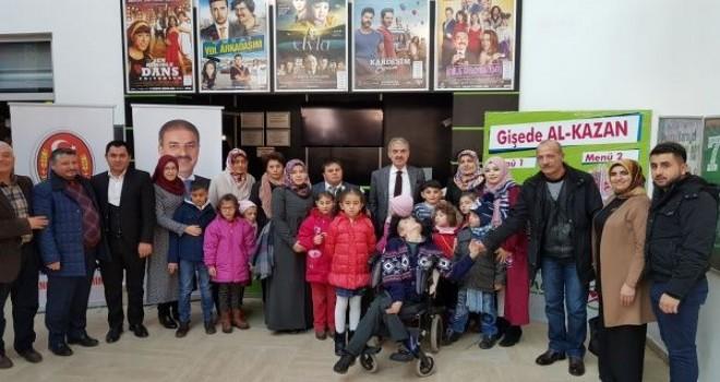 Başkan Dinç Engelli Öğrenciler ile Sinemada Buluştu