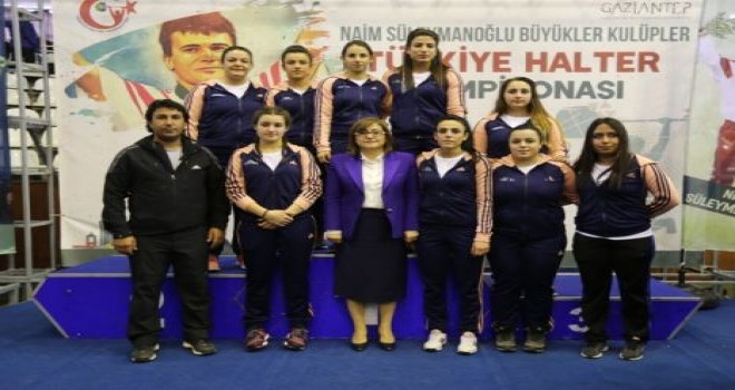 Büyükşehir'in Halter takımı Türkiye ikincisi oldu.