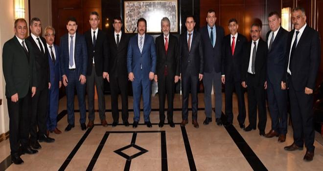 Başkan Tuna'dan taksicilere  ' kısa mesafe' uyarısı