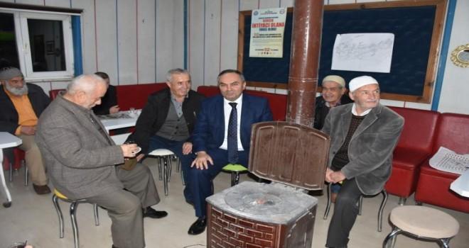 Düzce Belediye Başkanı Dursun Ay,vatandaşın nabzını tutmaya devam ediyor.