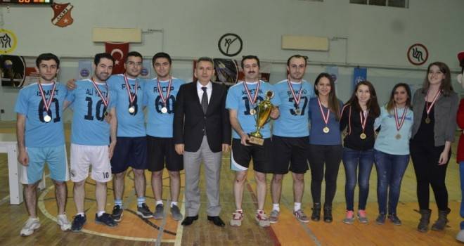 Öğretmenler arası Voleybol turnuvası sona erdi