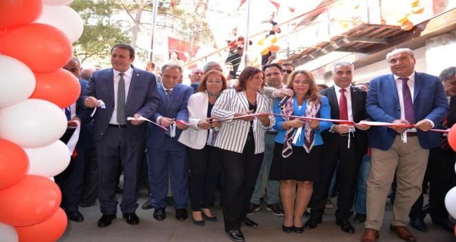 Aydın Karacasu Kültür Merkezi Coşkuyla Açıldı.