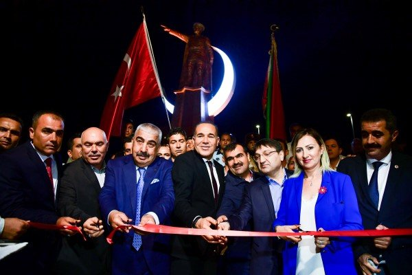 Başkan Sözlü'den Kozan'a Kurtuluş Hediyesi