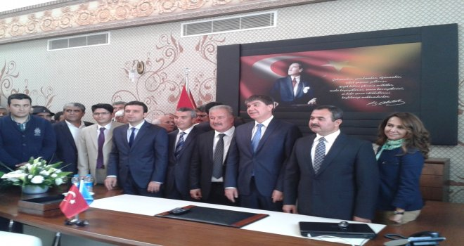 AKSU'DA CHP'YE DEMOKRASİ DERSİ