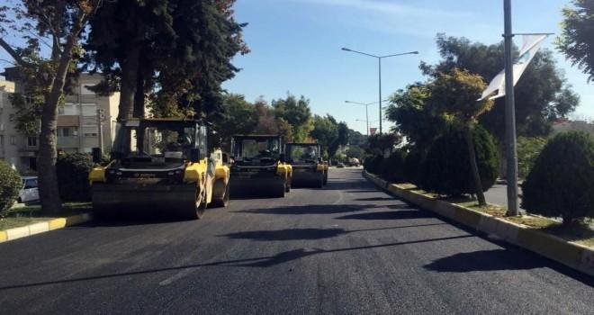 Büyükşehir'in  yürüttüğü asfalt hamlesi tüm hızıyla devam ediyor.