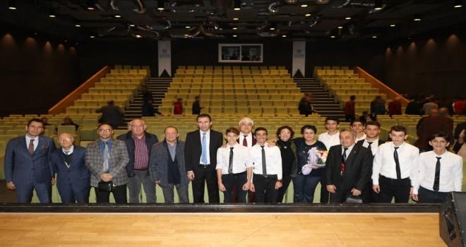 Yalova'da yükümlüler için müzik etkinliği gerçekleştirildi.